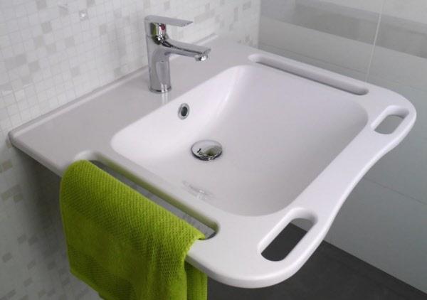 waschtisch mineralguss barrierefrei 600x555 mm weiss mit 4 griffen. Black Bedroom Furniture Sets. Home Design Ideas