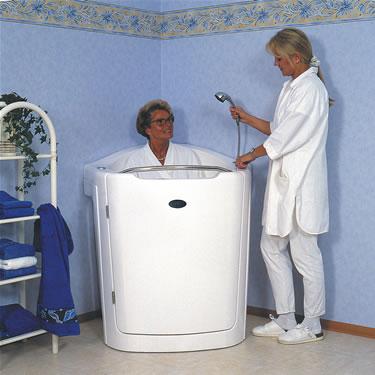sitzbadewanne wanne badewanne mit t r. Black Bedroom Furniture Sets. Home Design Ideas